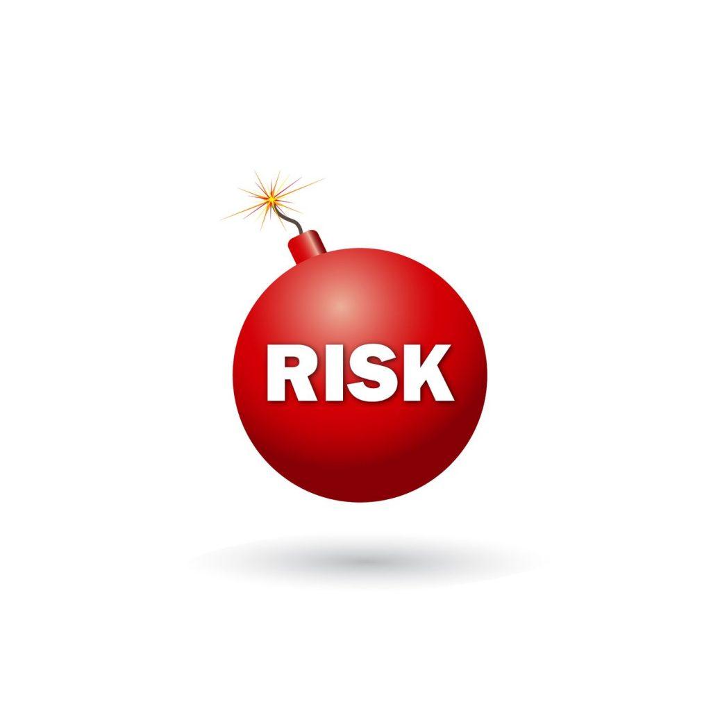 منابع ریسک در سرمایه گذاری کدامند؟