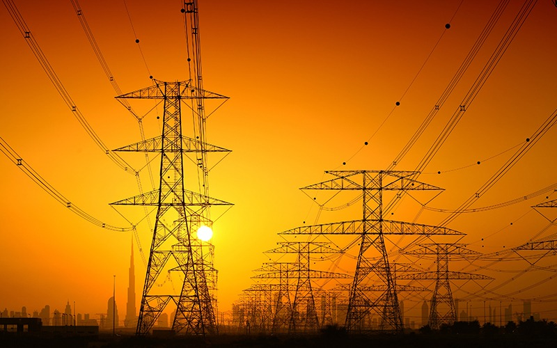 حقانی نسب: سود صادرات برق باید نصیب نیروگاه ها شود