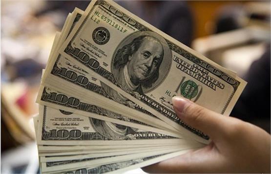 دلار برای دومین روز متوالی در برابر همتایانش ریزشی شد