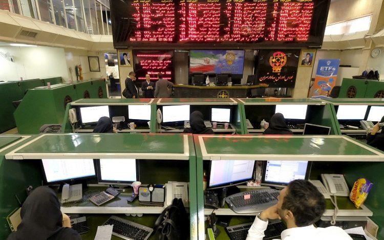 بررسی قانون بازار بورس و پیگیری برای تاسیس کانون سهامداران حقیقی