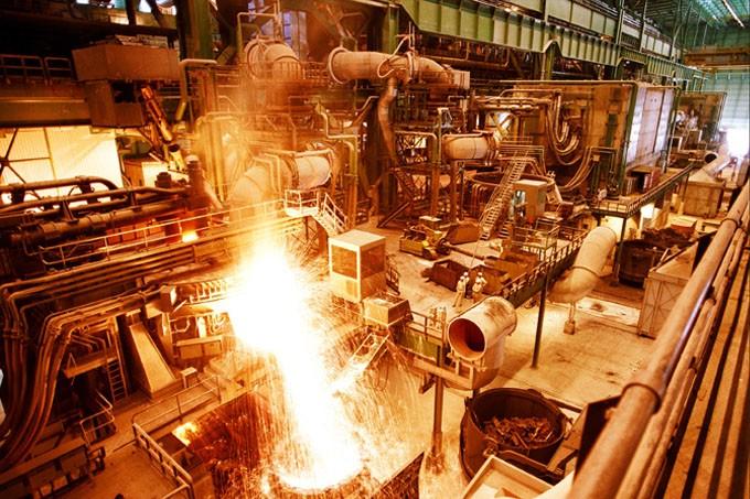 """رئیس هیئت عامل ایمیدور از برنامه افزایش سرمایه 10 هزار میلیارد تومانی """"فولاد"""" خبر داد"""