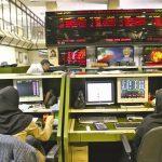 گزارش بازار بورس امروز / شاخص همچنان در مسیر نزول - شنبه 16 اسفند