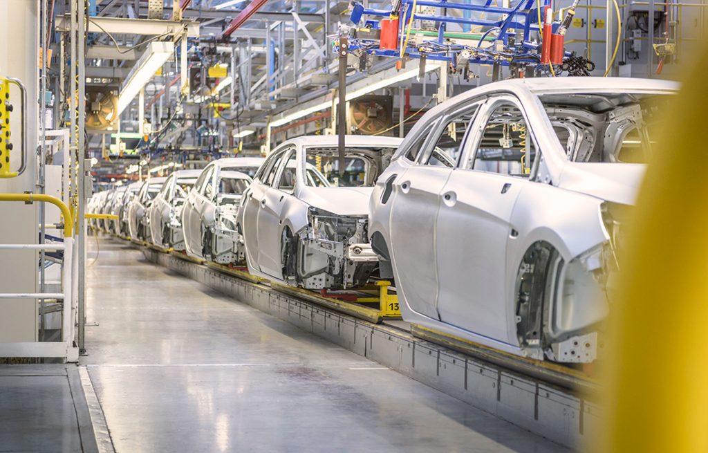 نقش و جایگاه صنعت خودرو در بازار سرمایه و عوامل تاثیرگذار بر آن