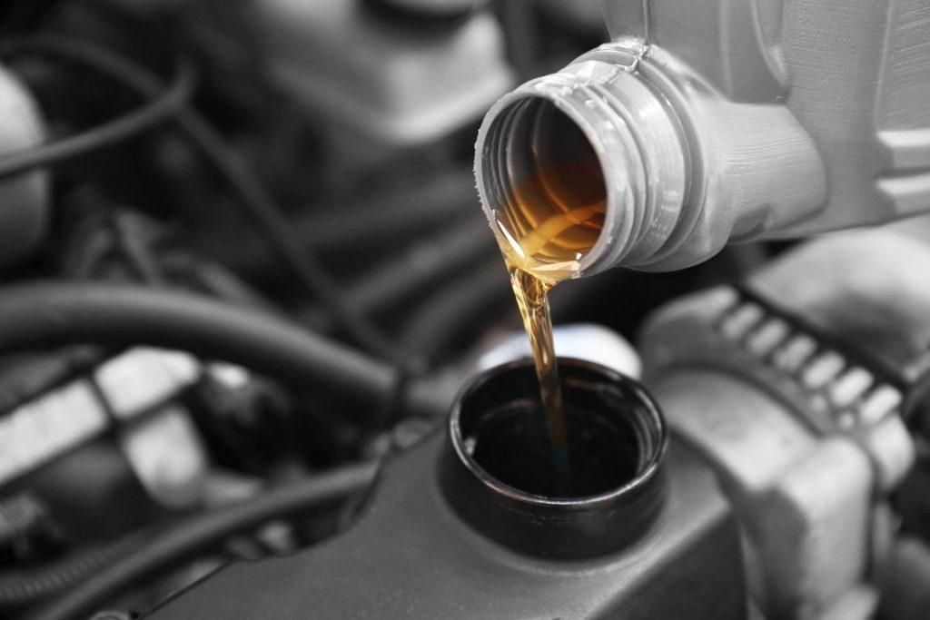 روغن موتور خودرو 41 درصد گران شد!/ تاریخ اعمال قیمت جدید